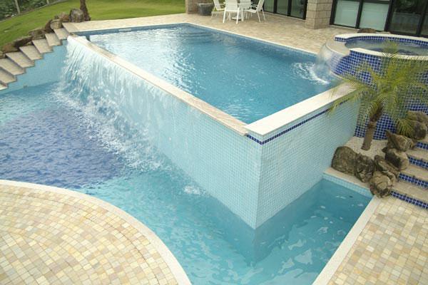 Piscina de vinil planeta gua piscinas e engenharia - Fabricante de piscinas ...